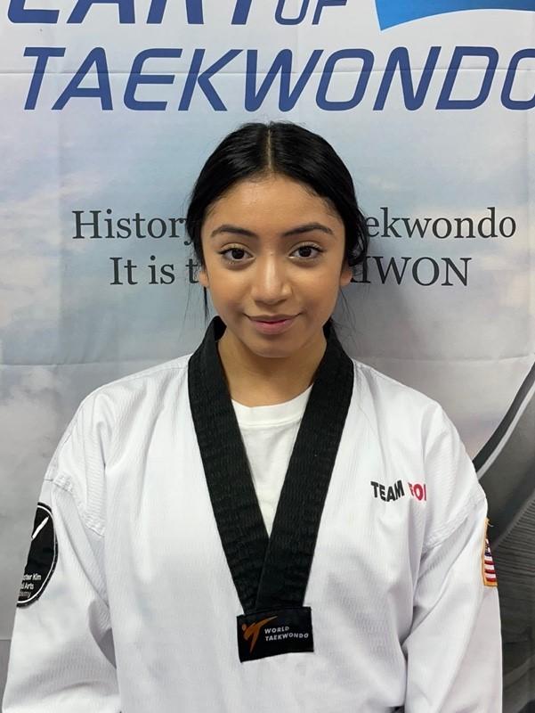 Assistant Instructor Dayanna (Dayanna Taboada)